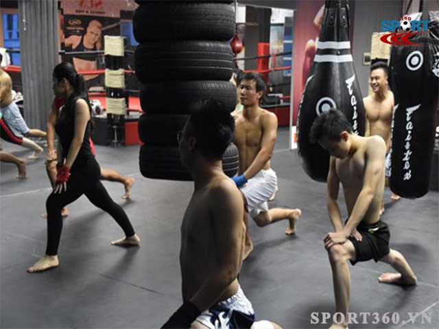 Luyện tập kick boxing tăng cường thân thể, tăng khả năng tự vệ trước nguy hiểm