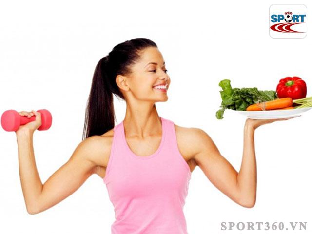 Tuyệt đối không nên bỏ ăn khi tập thể dục