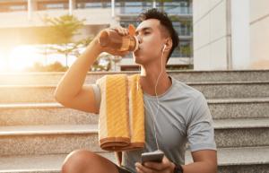 Nước uống ảnh hưởng rất nhiều tới kết quả tập luyện của các GYMer