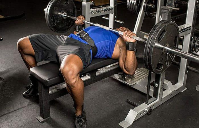 Đẩy tạ đòn cho hiệu quả giảm cân nhanh