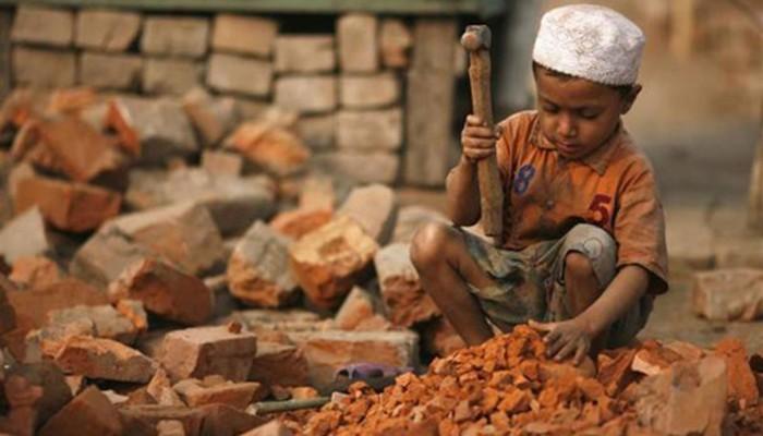 Quan niệm này xuất phát từ những trẻ em lao động nặng nhọc luôn có tầm vóc nhỏ bé